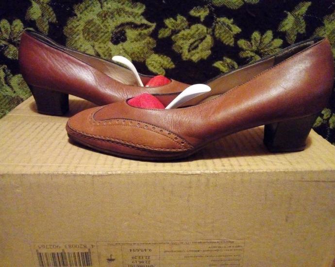 Кожаные туфли Melluso.в хорошем состоянии.размер 40.стелька 25,5 см.