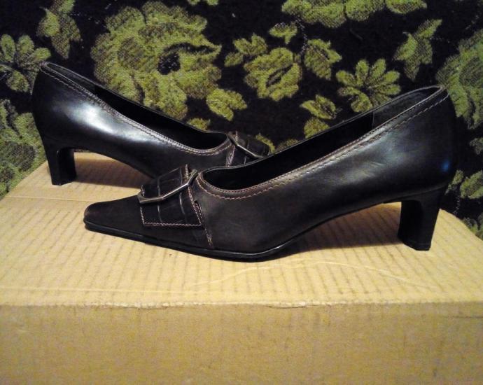 Фирменные кожаные туфли Roberto Santi .в хорошем состоянии.размер 37