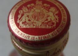 Пластик Виски Ред Лейбл , 0,05л.   Для коллекционеров миниатюр